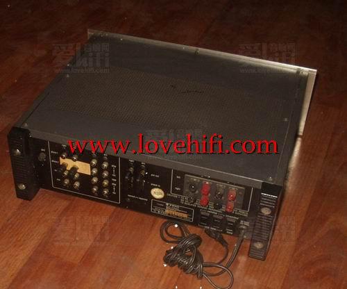 双变压器的精工用料,动态大,高解析度的声音的天乐7300功放