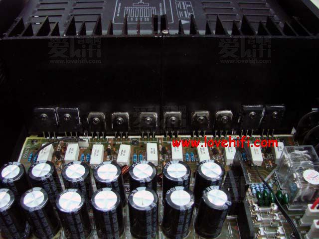 karacke系统采用顶级专业混音集成块m65831,是效果的保证